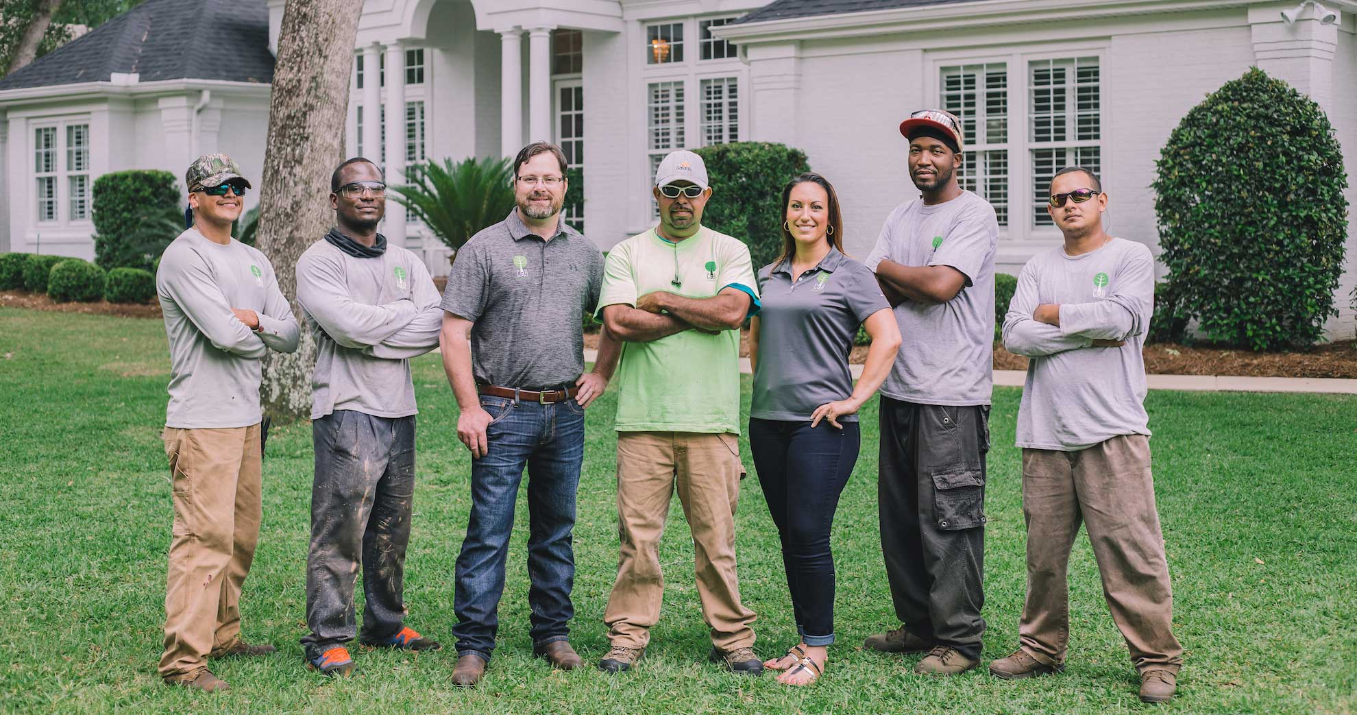 And a landscape team photo landscaping lawn care tallahasee fl jpg